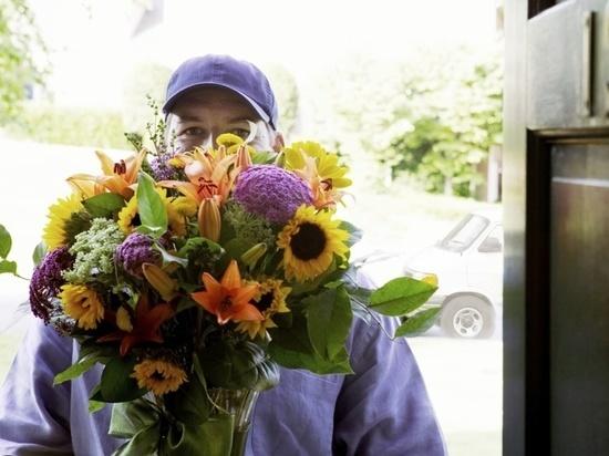 Предпринимателя из Чебоксар обманули под предлогом покупки цветов