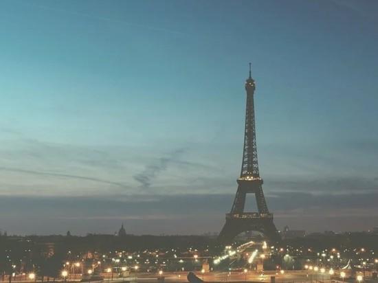 """Сверхзвуковой истребитель напугал Париж """"мощным взрывом"""""""