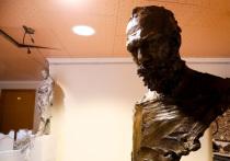 Петербург не смог выбрать победителя и решил установить два памятника Чайковскому
