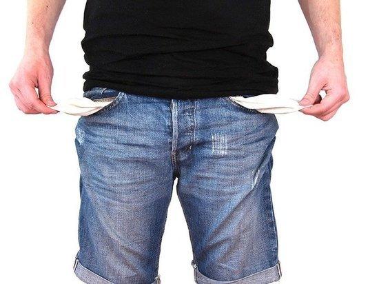 Клиенты просрочили платежи на триллион рублей