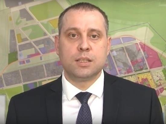 Школы, дороги, строительство: глава Губкинского вышел в прямой эфир