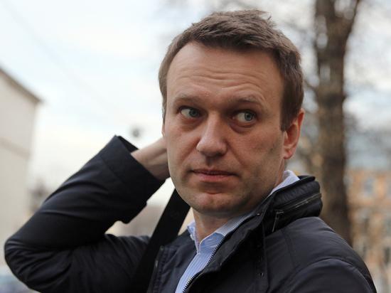 Оппозиционный политик Алексей Навальный рассказал, что самой серьезной проблемой, с которой он столкнулся после выхода из комы, стала бессоница