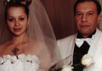 Правду о приемном сыне Рудковской раскрыла его бабушка