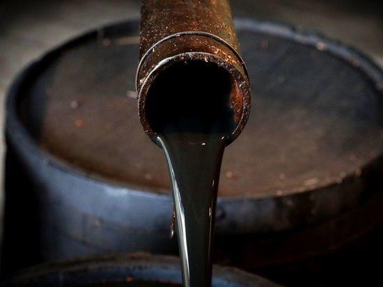 Очередной обвал цен на нефть напугал инвесторов: рубль под ударом