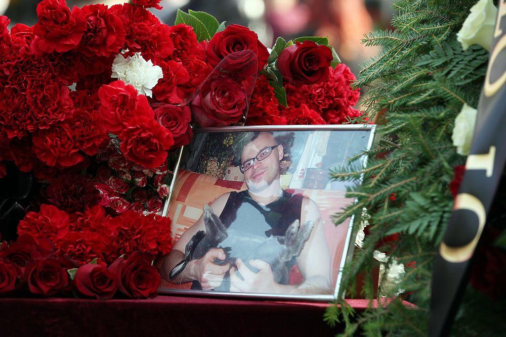 Похороны Тесака поразили ажиотажем и размахом: кадры с Кунцевского кладбища
