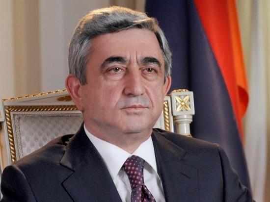 Бывший президент Армении Саргсян уехал в Карабах