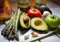 Неправильное хранение и приготовление овощей может превратить продукты в яд, заявила врач-диетолог Елена Соломатина