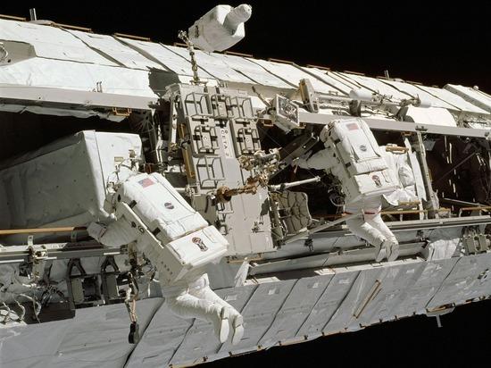 Космонавты вернулись к эксперименту по переработке мочи в воду