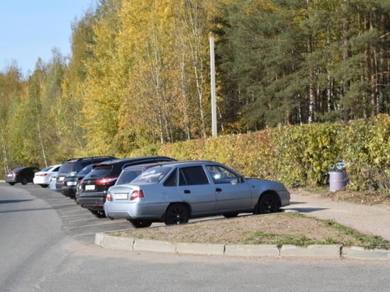Ивановские автолюбители осваивают новую парковку