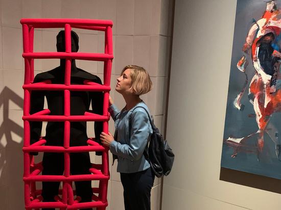 На Биеннале молодого искусства открылся игровой проект с глубокой философией