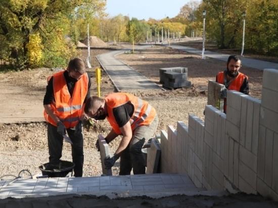 Ход работ по благоустройству набережной Уводи в Иванове оценили представители власти