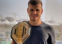 Рустам Хабилов перешел из UFC в Bellator, Конор Макгрегор собрался драться с Дастином Порье, а Хадис Ибрагимов остался без промоушена. «МК-Спорт» рассказывает о главных событиях в мире смешанных единоборств за прошедшую неделю.
