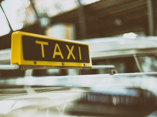 В Пскове начались массовые проверки таксистов