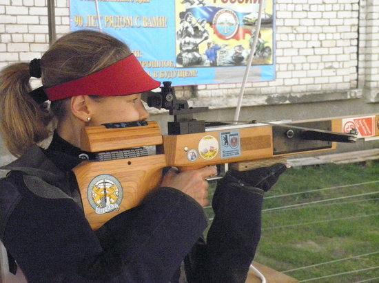 В Ставропольском спортивно-стрелковом клубе учат и стрелять из различных видов оружия