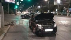19-летний водитель иномарки устроил ДТП в центре Волгограда: видео