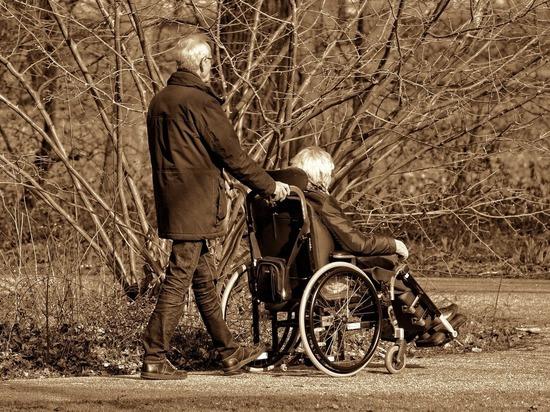 В Рязанской области расширят перечень соцуслуг для пожилых и инвалидов