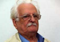 В программе фестиваля участвует 16-ти минутная картина «Грузинский тост» итальянского киноведа и писателя Джулиано Фратини о выдающемся режиссере мирового кино Марлене Хуциеве