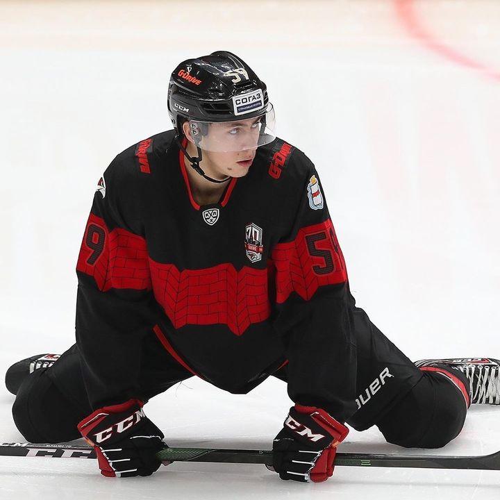 Русские на драфте НХЛ: четырех хоккеистов забрали уже в первом раунде
