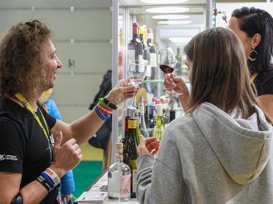 Наркологи назвали профессии, представители которых пьют больше остальных