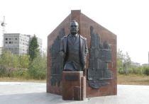 В Новом Уренгое реконструируют сквер имени Андрея Наливайко