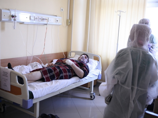 """""""Ходить не мог"""": заболевшие коронавирусом москвичи описали ощущения"""