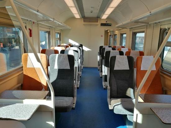 На СвЖД поступили новые комфортабельные вагоны для пригородных поездов