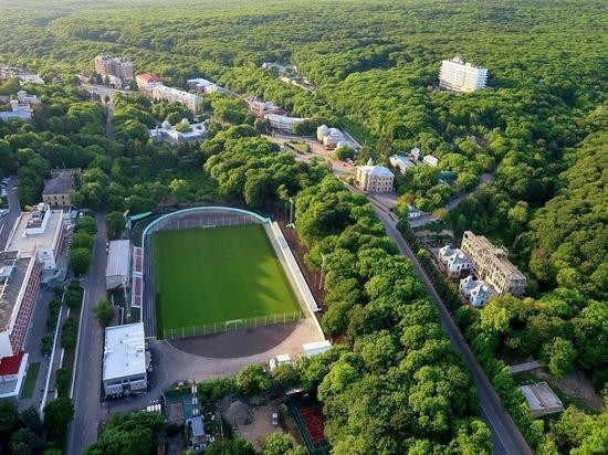 На стадионе «Спартак» в Железноводске могут сохранить травяное поле