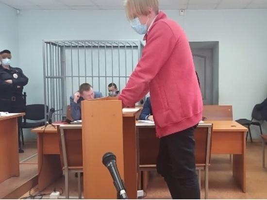 """В суде допросили пассажира автомобиля, устроившего ДТП на Малышева: """"Васильев был трезв"""""""