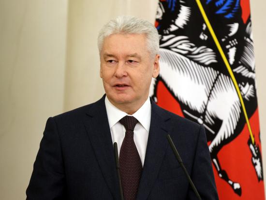 Собянин призвал москвичей продержаться еще несколько месяцев из-за пандемии