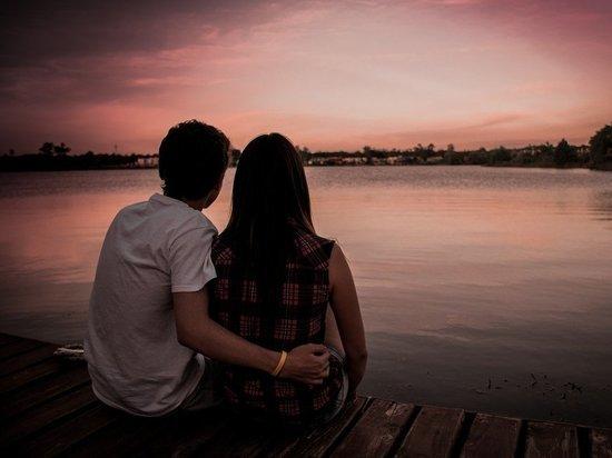 Сексолог объяснил, что уничтожает сексуальные отношения между мужем и женой