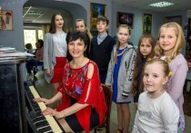 Донецкий композитор рассказала, почему музыка спасает от многих болезней