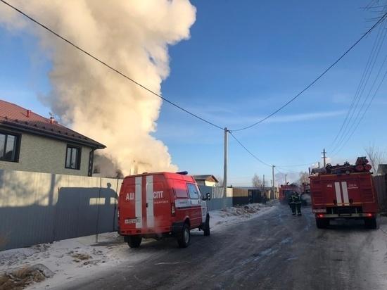 На пожаре в Якутске погибли женщина и двое детей