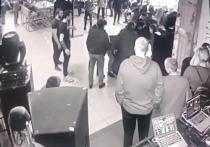 Выстрелил и сбежал: отдых в баре Ноябрьска закончился дракой