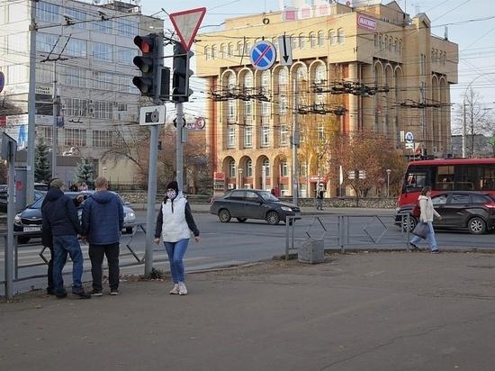На пяти перекрёстках в Кирове появятся новые светофорные комплексы