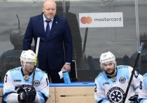 «Сибирь» снова пропускает две шайбы за минуту, но тренер верит в лучшее