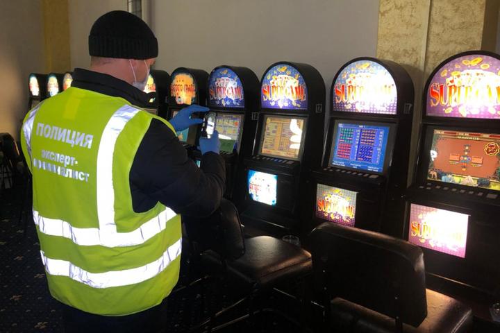 Ковровчанин организовал сеть подпольных казино игровые аппараты gaminator точковые мутации