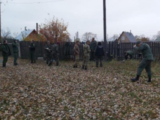 Следователи СК продолжают работать на месте ЧП в Большеорловском