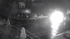 """Минское здание милиции забросали """"коктейлями Молотова"""": видео"""