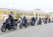 Качество нового участка обхода города и отремонтированных дорог оценили мотоциклисты в Вологде