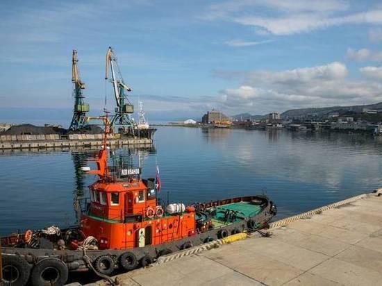 Для Холмского порта установили экономически обоснованные тарифы