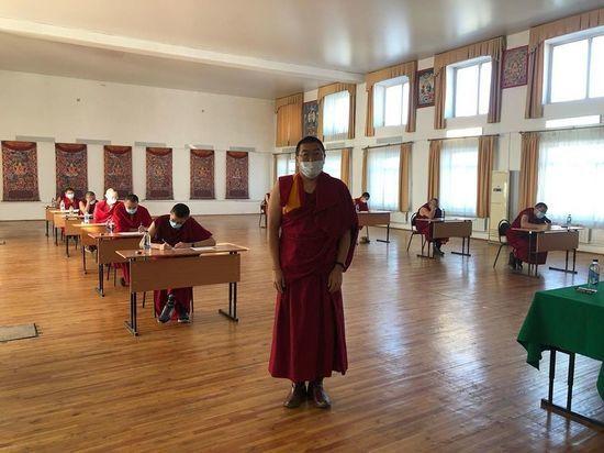 В Бурятии студенты индийского дацана сдают экзамены дистанционно