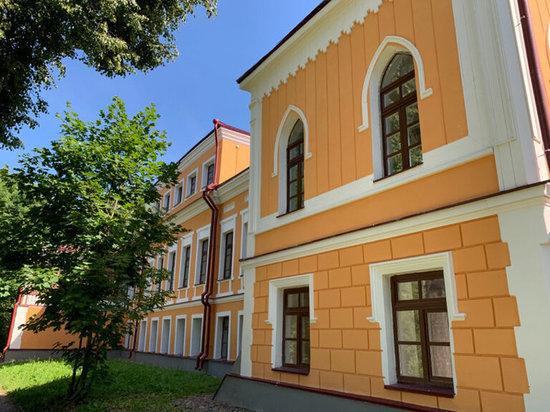 Стало известно, когда в Пскове сдадут Губернаторский дом