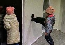 Ходили по потолку: поведение детей-вандалов на теплых остановках возмутило главу Лабытнанги