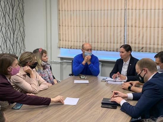 Цветы и психологический досуг: В Рязани обсудили развитие Торгового городка