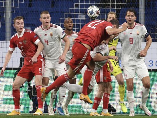 Нули на табло: сборная России не побеждает дома третий матч подряд