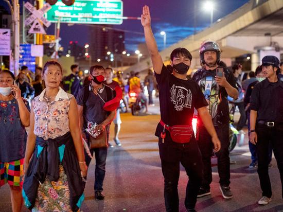 Чего хотят участники тайских протестов