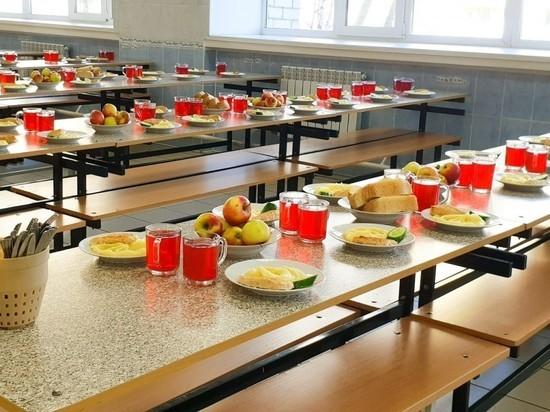 Роспотребнадзор проверил столовые в учебных заведениях региона
