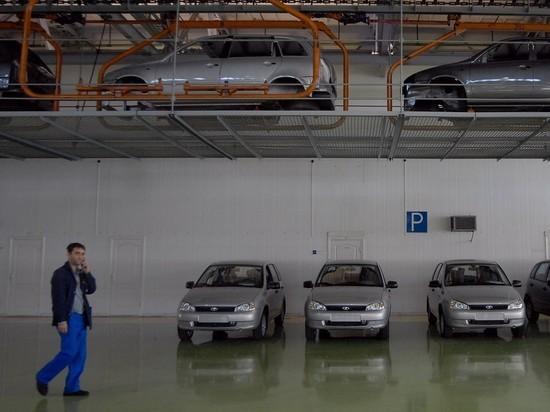 Выпуск легковых авто в России с начала года упал на 25%