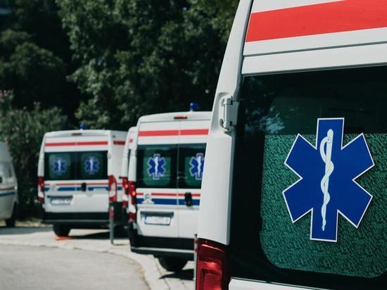 Иномарка сбила двух подростков на Соборной улице