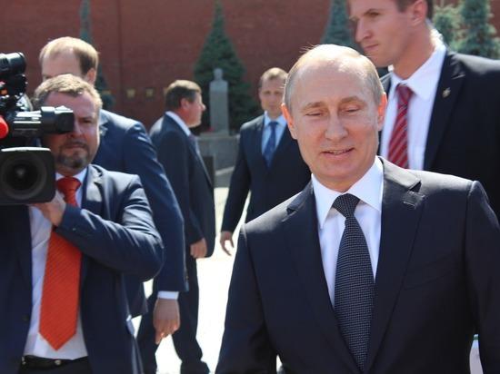 Владимир Путин наградил четверых новосибирцев государственными наградами
